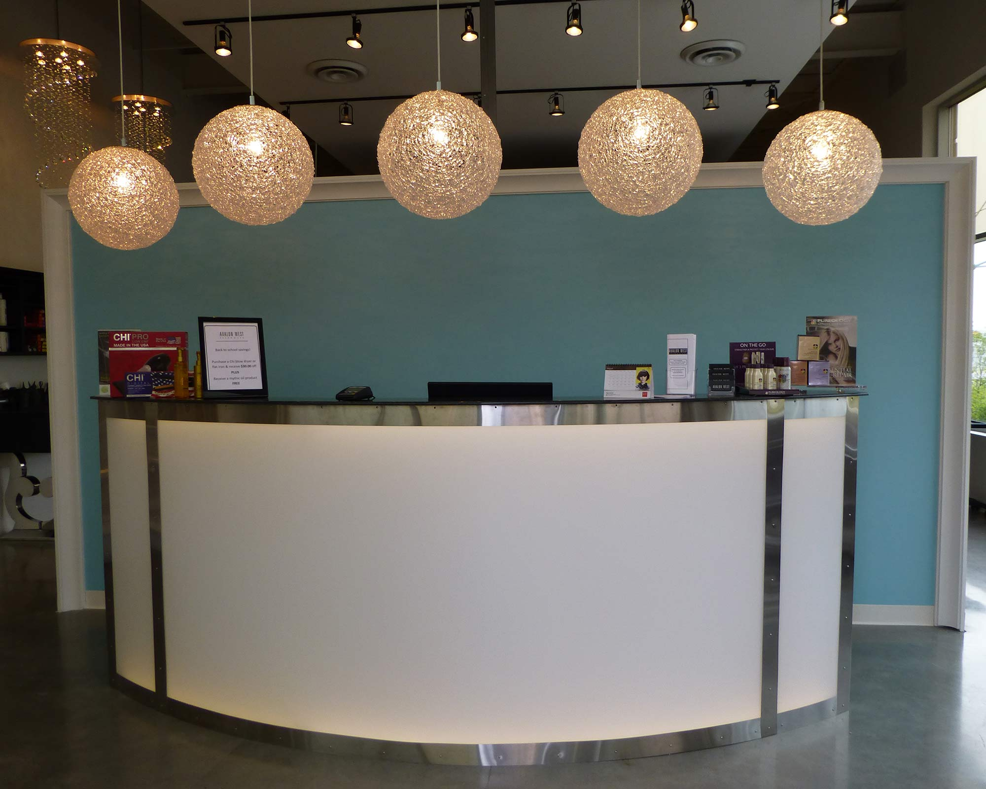 Reception-Desk-with-overhead-lighting